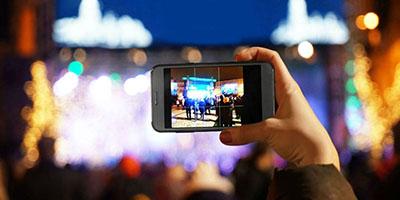 The best four ways to take photos at an event.